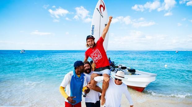Matt Wilkinson campeo da etapa de Fiji (Foto: WSL / ED SLOANE)