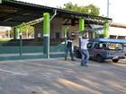 Sem pagamento, empresa tira calhas de espaço da Prefeitura de N. Odessa
