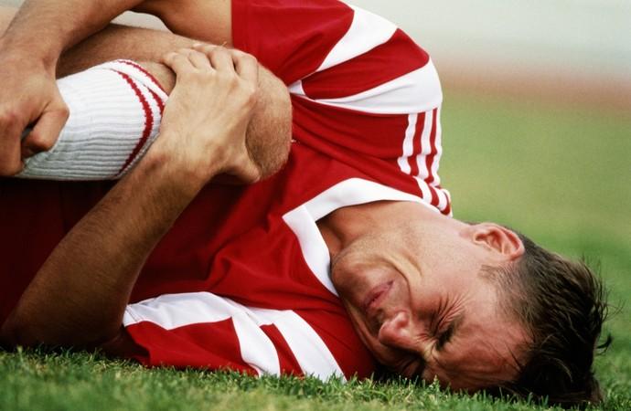 euatleta coluna adriano lesão cartilagem joelho (Foto: Getty Images)