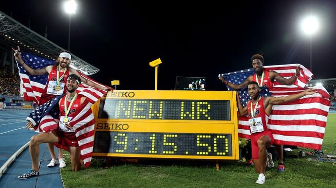 Mundial de Revezamento EUA recorde mundial medley (Foto: Streeter Lecka / Getty Images)