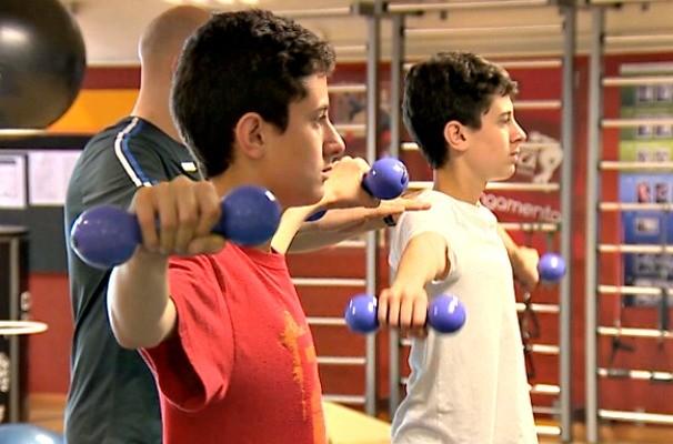 Malhação, academia, levantamento de peso (Foto: Reprodução/RBS TV)