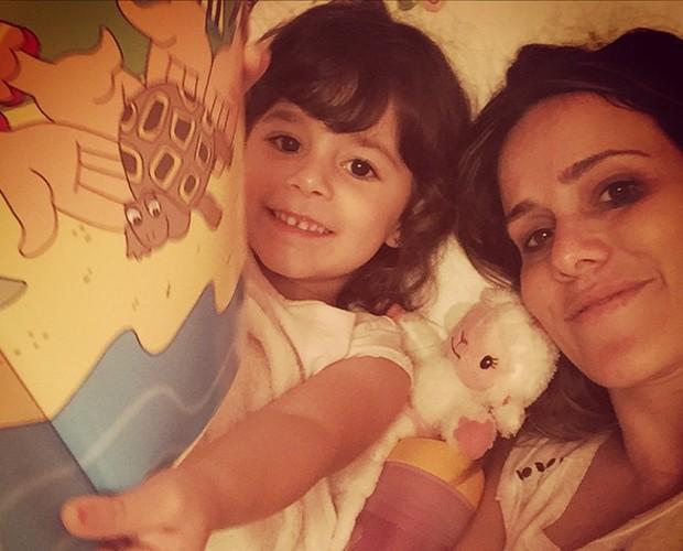 Malu e Fernanda em momento leitura (Foto: Arquivo Pessoal)