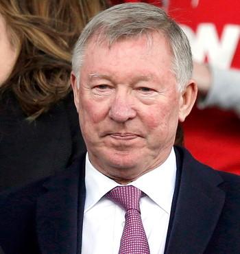 Alex Ferguson torcida jogo Liverpool e Manchester United (Foto: Reuters)