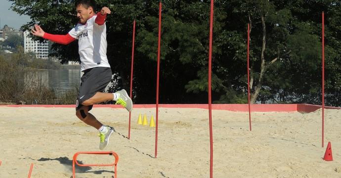 Aránguiz volante Inter (Foto: Tomás Hammes / GloboEsporte.com)