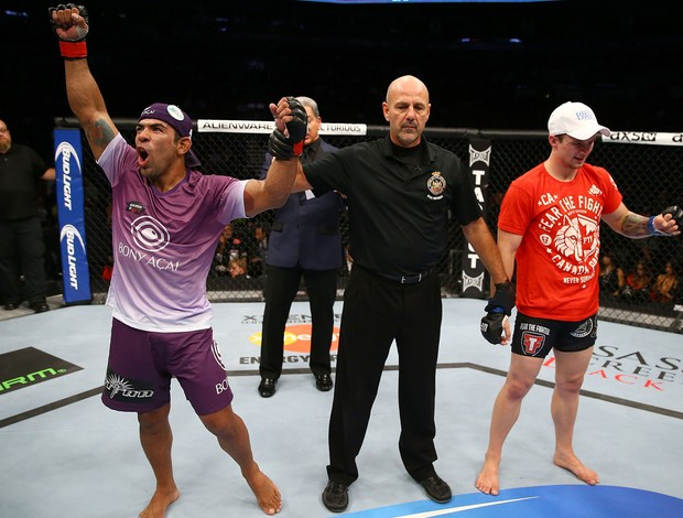 UFC Michel Trator e Jesse Ronson (Foto: Agência Getty Images)