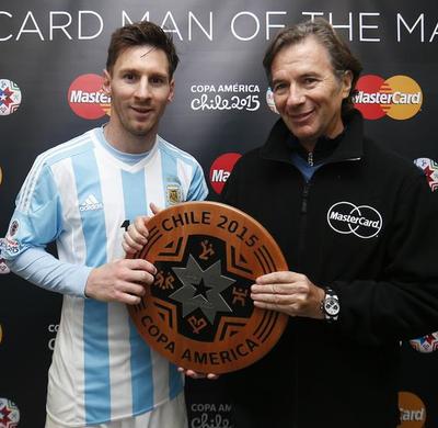 Messi melhor em campo argentina x paraguai (Foto: Reprodução / Twitter)