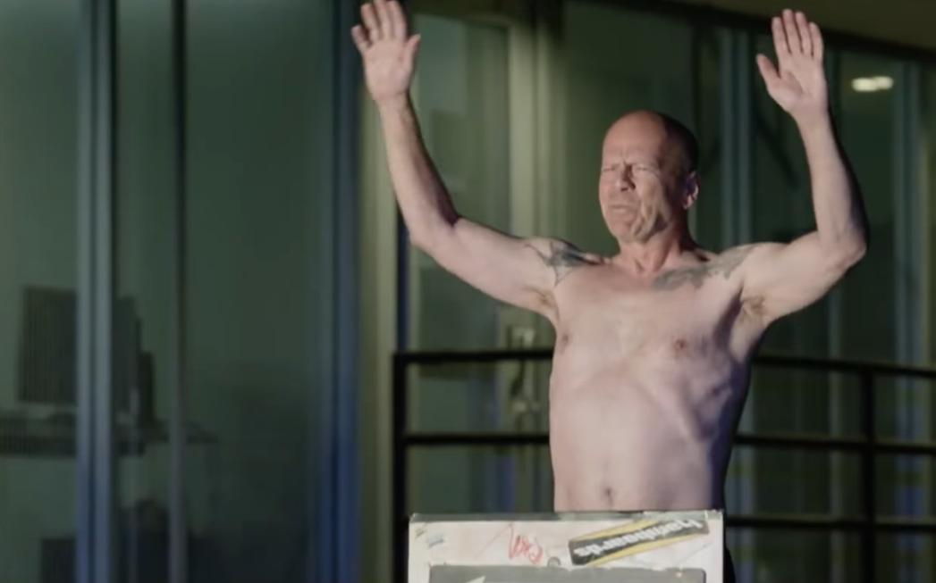 Bruce Willis em cena de Once Upon a Time in Venice (Foto: Reprodução/Youtube)
