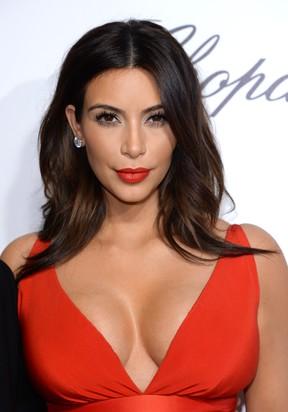 [BELEZA] - 10 opções de make para o fim de ano - Kim Kardashian (Foto: Getty Images)