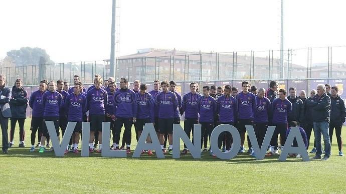 BLOG: Com elenco e família, Barça reinaugura campo de CT com nome de Tito Vilanova