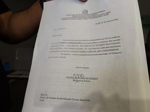 Documento com a assinatura de Gleide Ângelo que autoriza perícia complementar em motel (Foto: Thays Estarque/G1)