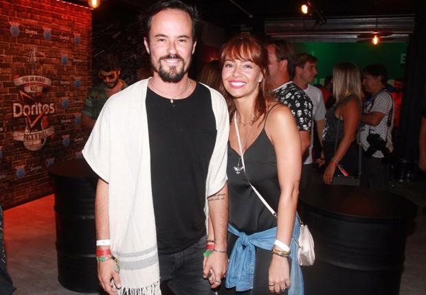 Paulo Vilhena e a namorada, Amanda Beraldi (Foto: Sérgio Gallo/Editora Globo)