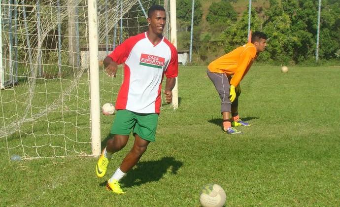 Balotelli, atacante do Fluminense de Feira de Santana (Foto: Sidnei Campos / Assessoria Fluminense-BA)