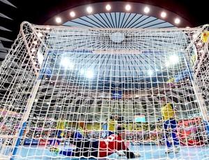 gol Brasil Argentina futsal Mundial (Foto: FIFA.com via Getty Images)