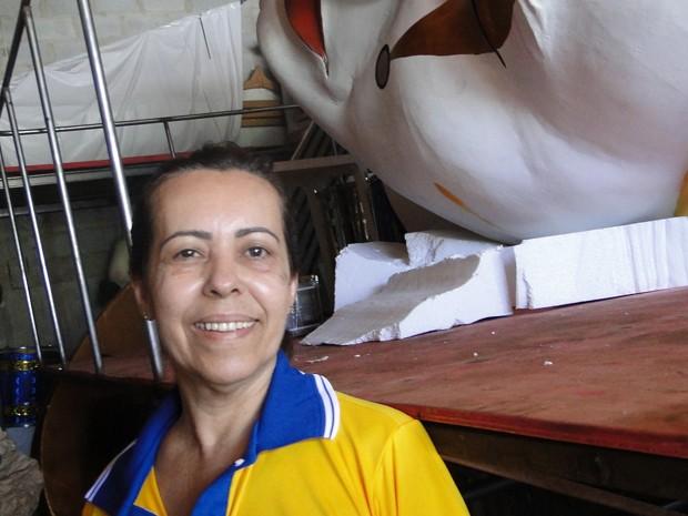 Presidente da Escola Estrela do Vale, Madalena Bavose (Foto: Flávia Cristini/G1)