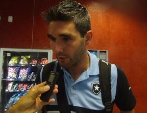 Navarro está de volta ao time (Foto: Denison Roma / GloboEsporte.com)