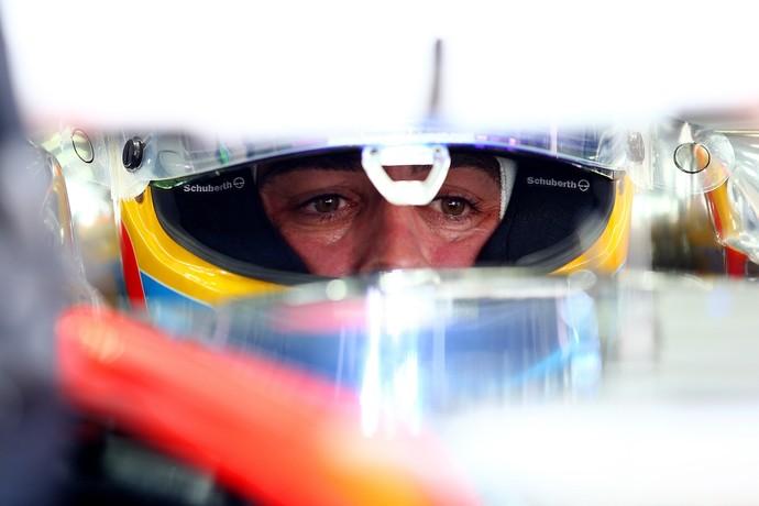 Fernando Alonso, enfim, estreou na McLaren no 1º treino livre para GP da Malásia (Foto: Getty Images)