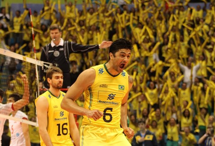 Brasil x Irã Liga Mundial Leandro Vissotto (Foto: Divulgação/FIVB)
