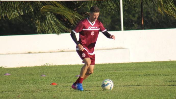 Michel Benhami volante do América-RN (Foto: Canindé Pereira/Divulgação)