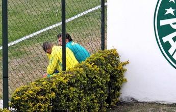 Após Dudu, Cuca tem conversa de 20 minutos com Vitor Hugo no Palmeiras