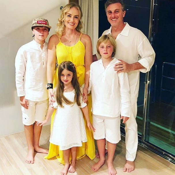 Angélica, Luciano Huck e família (Foto: Instagram/Reprodução)