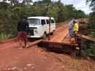 Terra cede e restringe acesso à ponte em trecho da BR-156, no Amapá