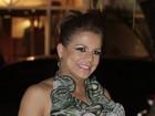 Nívea Stelmann comenta proibição de celulares em casamento de Latino