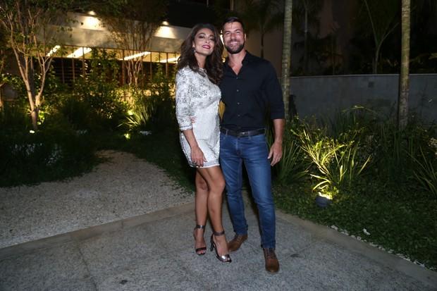 Juliana Paes e o marido (Foto: Anderson Borde / AgNews)