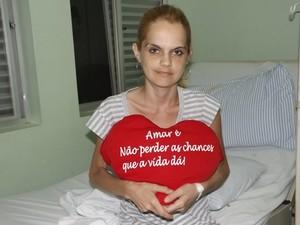 Aline disse que tem esperança e muita força de vontade  (Foto: Alan Schneider / G1)