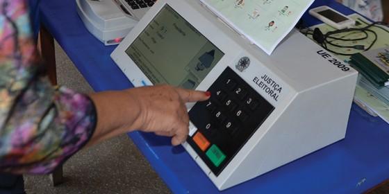 Urna eletrônica (Foto: Agência Brasil)