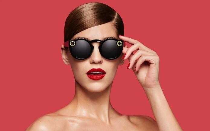 Óculos tem câmera que capta 115 graus de ângulo (Foto: Divulgação/Snap)