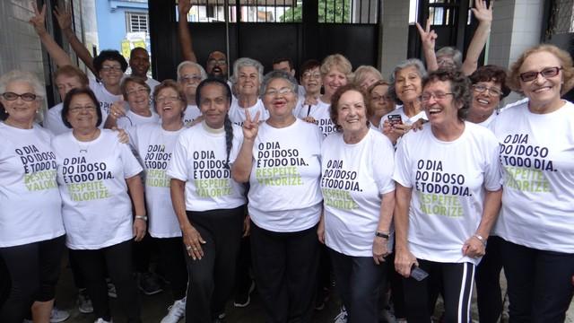 Idosos do Instituto Energia fizeram parte da ação da Globo para o Dia do Idoso (Foto: Jean Fernandes)