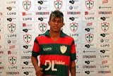 Raposa anuncia meia e quer jogador apto para atuar contra o Globo FC