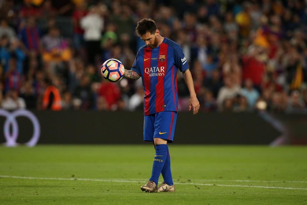 Messi e seu pai têm sérios problemas com o fisco espanhol  (Foto: Reuters)