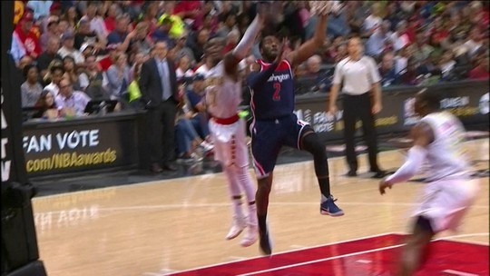 John Wall segura reação dos Hawks, faz 42 pontos e classifica os Wizards