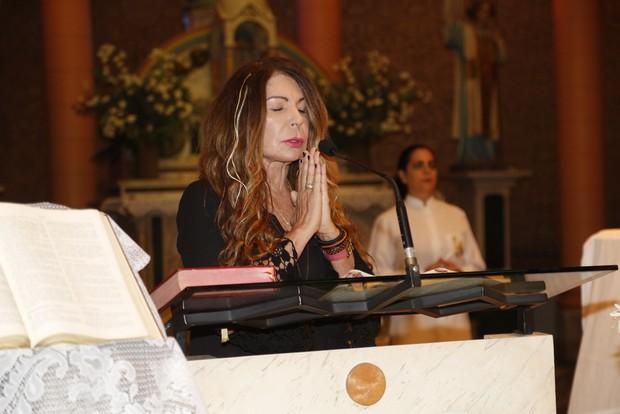 Missa Betty Lago - Elba Ramalho (Foto: Felipe Assumpção/ Ag. News)