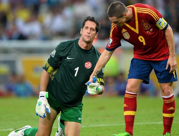 Fernando Torres Mickael Roche, Espanha x Taiti