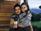 Que fofo! Luan Santana realiza sonho de fã mirim com deficiência rara