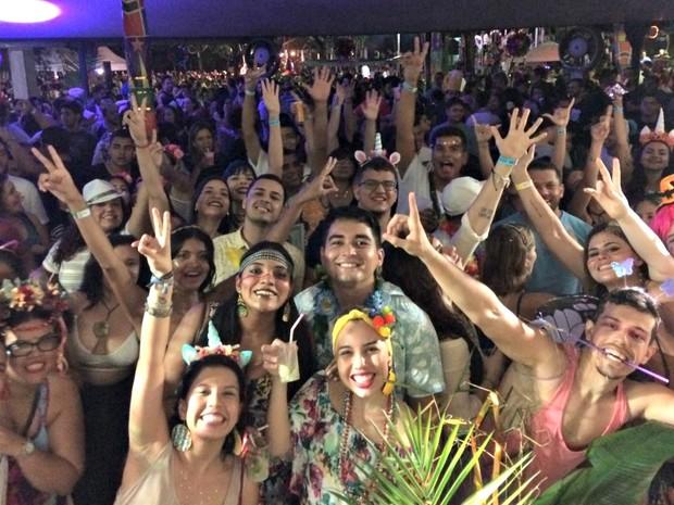 Todo mundo se divertindo ao som do Cauxi Eletrizado (Foto: Rickardo Marques/G1 AM)
