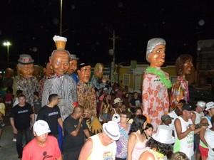 Tradicional Bloco dos Bonecões sairá sempre as 19h no Centro (Foto: Divilgação/ Ascom PMSPA)
