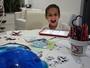 Com mesa cheia, Joaquim estimula imaginação com muito desenho