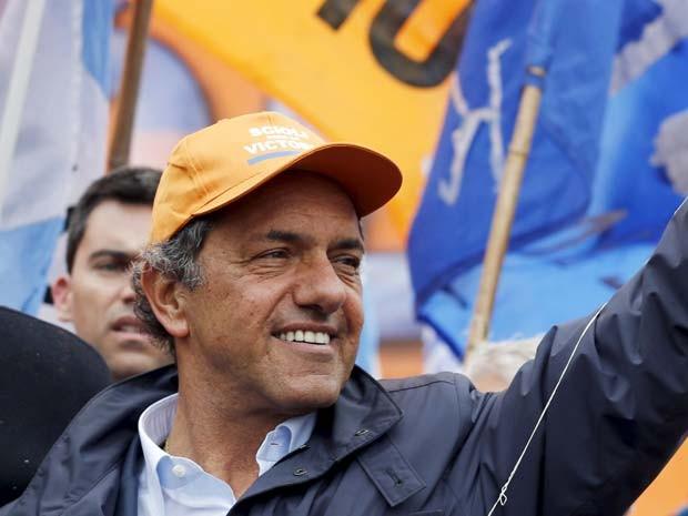 Daniel Scioli, governador da província de Buenos Aires, é o favorito nas eleições presidenciais argentinas no próximo domingo (Foto: REUTERS/Marcos Brindicci)