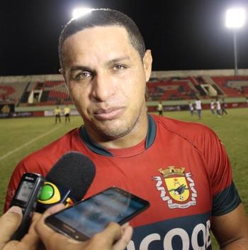 Tonho Cabañas, atacante do Galvez (Foto: João Paulo Maia)