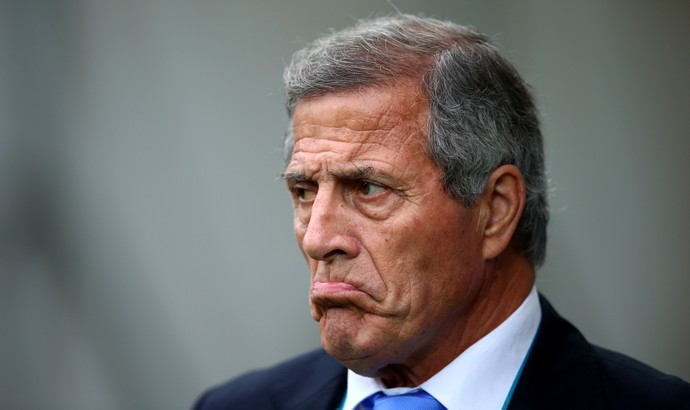 Óscar Tabárez, técnico do Uruguai (Foto: Gettyimages)