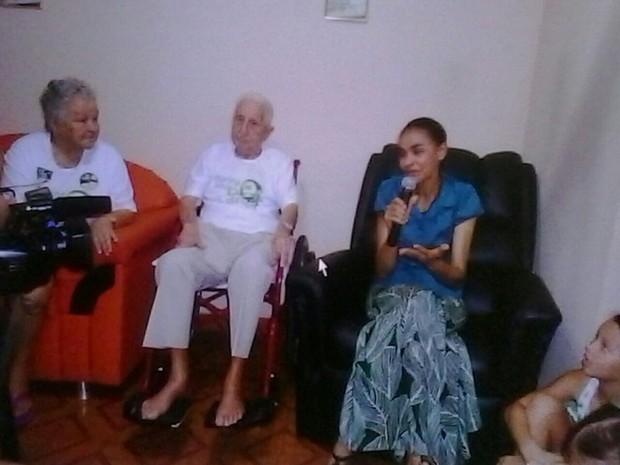 Marina ao lado dos ex-patrões, professor Dagmar, já falecido e Terezinha Lopes, durante campanha de 2014 (Foto: Arquivo de Família)