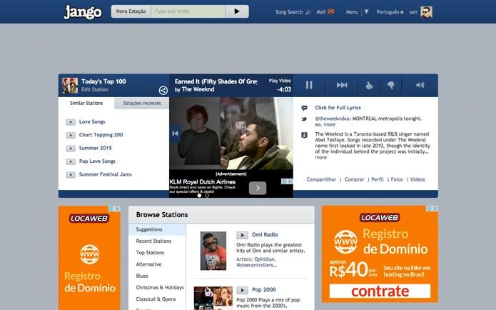 Criando uma conta no Jango o visual do site muda apresentando um novo player, letras de música e informações do artista (Foto: Reprodução/André Sugai)