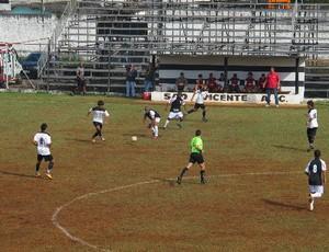 São Vicente x Pirassununguense (Foto: Juliana Vieira/GloboEsporte.com)