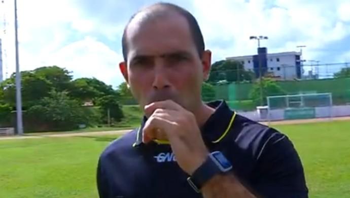 Leandro Sales - árbitro (Foto: Reprodução/Inter TV Cabugi)