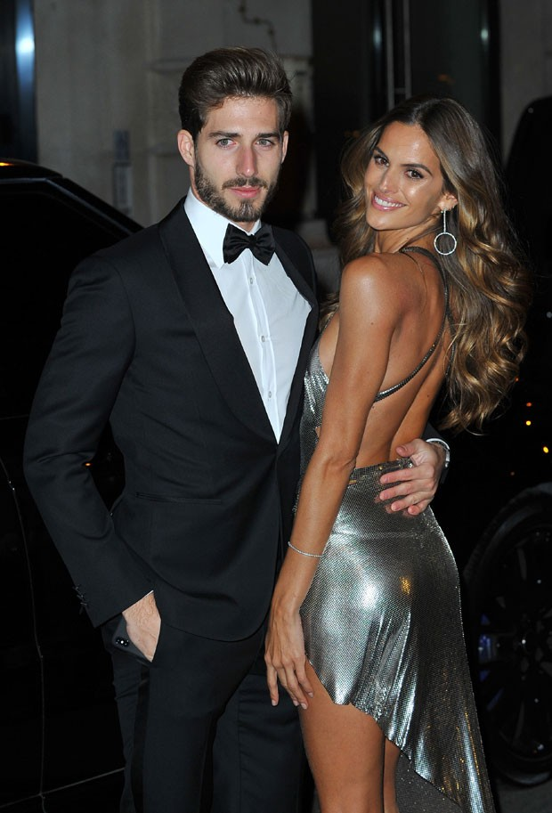 Kevin Trapp e Izabel Goulart (Foto: The Grosby Group)