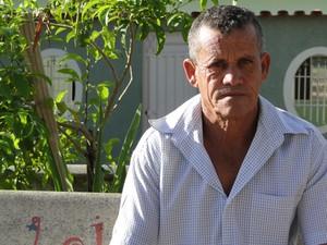 Nilo da Silva se tornou vigia há 9 meses e reclama que tranquilidade está indo embora (Foto: Raquel Freitas/G1)