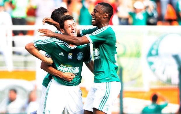 Felipe Menezes gol Palmeiras (Foto: Marcos Ribolli / Globoesporte.com)